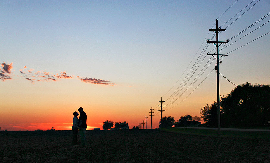 wheaton-illinois-portrait-photographer-engagement-session-sarah-parisi-images-farmland-silhouette-sunset-906x548